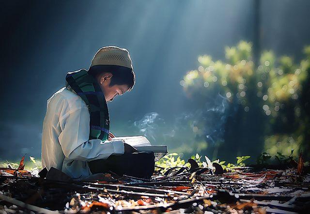 Ini 6 Hal Yang Harus Dilakukan Hati Saat Lisan Membaca Al Qur'an