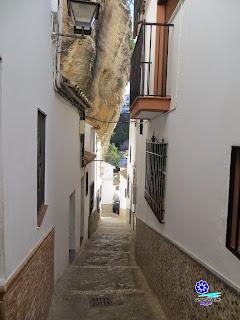 Setenil de las Bodegas - Calles estrechas