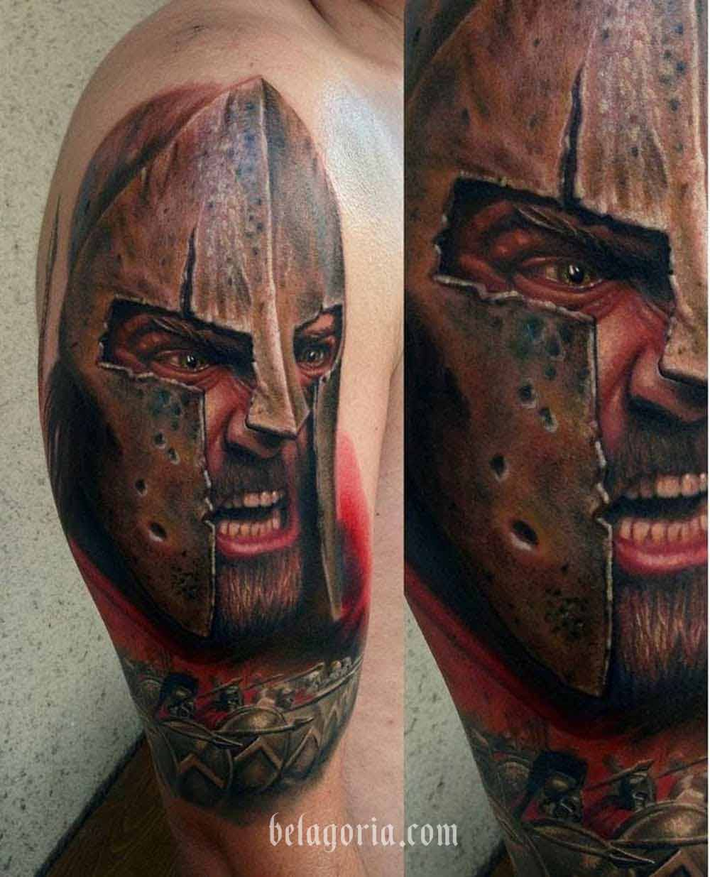 Excelente tatuaje de gladiador realizado por  Fahrettin Demir ...