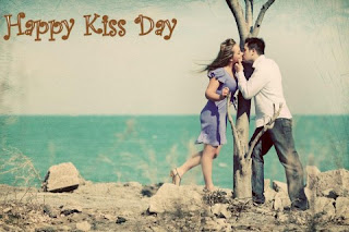 whatsapp kiss day images