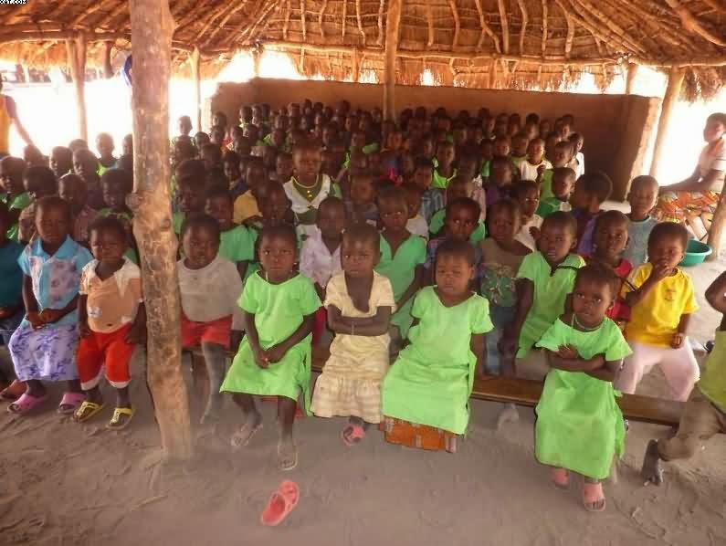 Una classe della scuola materna di Makpandu