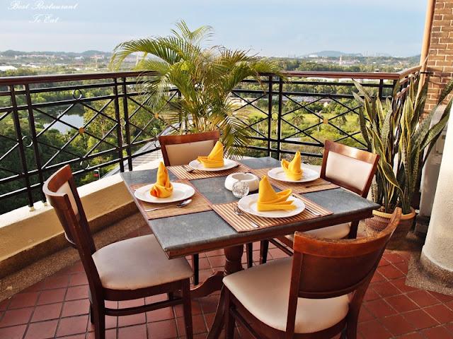 Aroi Dee Thai Restaurant Putrajaya Palm Garden Hotel IOI Resort Outdoor Dining