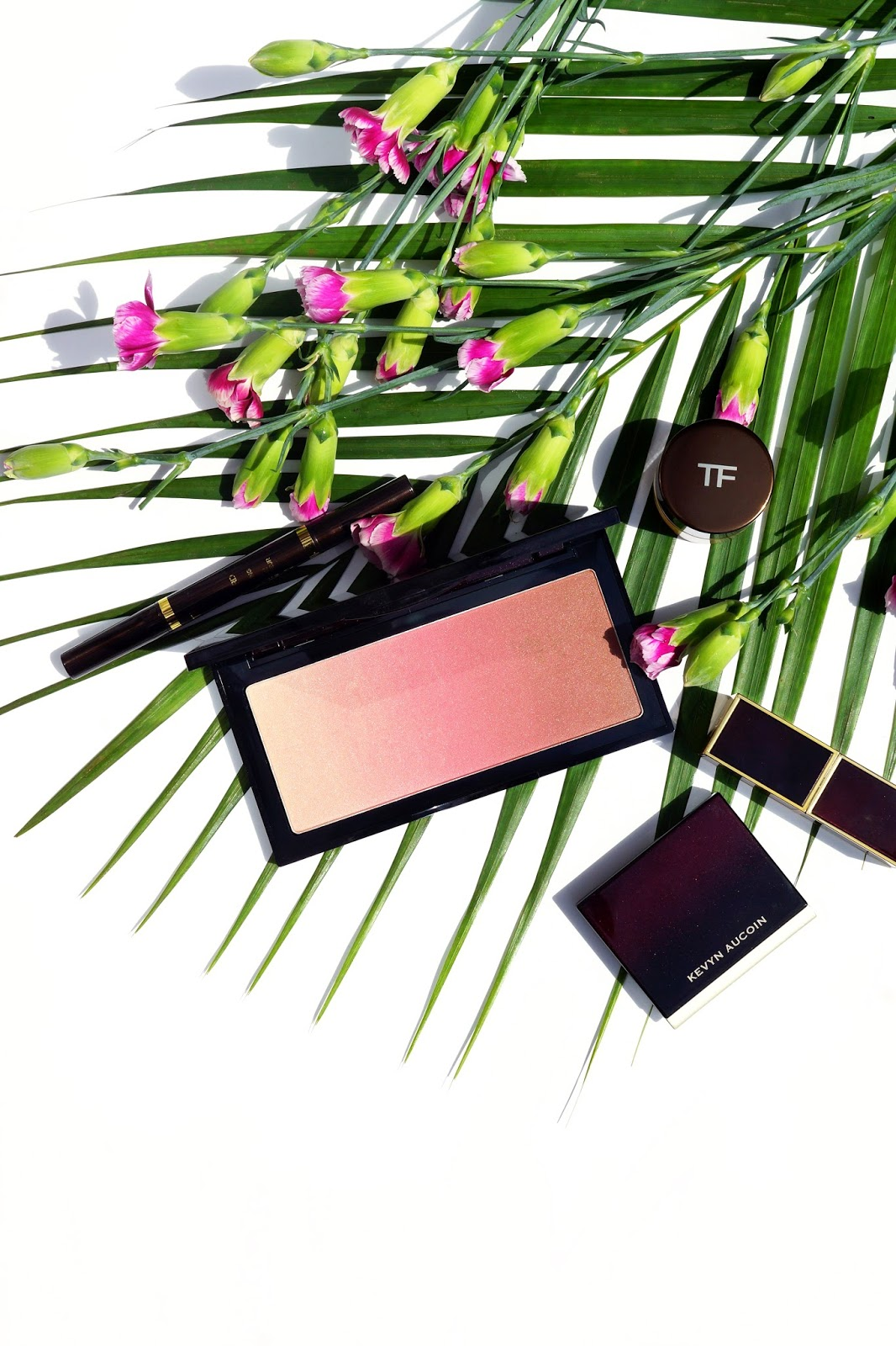 kevyn-aucoin-neo-bronzer-review-swatches