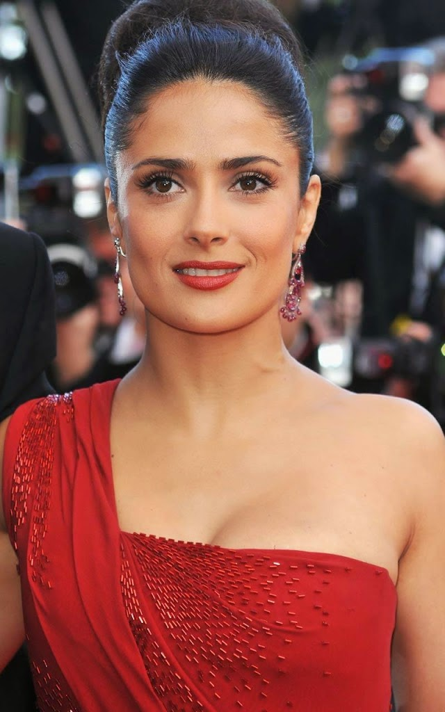 Cute I Love U Wallpaper Hd Salma Hayek 4u Hd Wallpaper All 4u Wallpaper