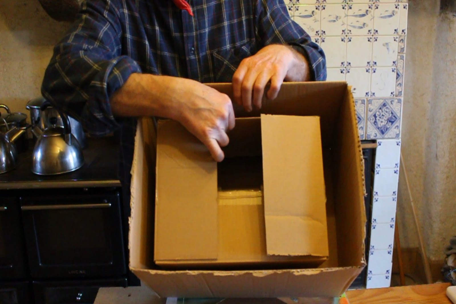 how to make a hay box