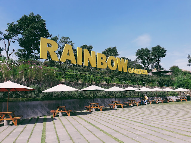 Rainbow Garden Floating Market Bandung