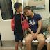 Gambar anak biarkan ibunya tidur di atas tangannya sebagai bantal, buat netizen tersentuh