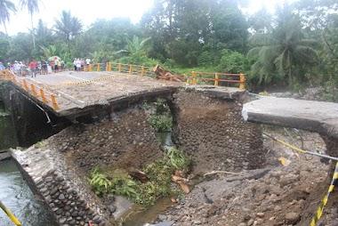 Syamsuir: Seperti Ada Gempa Saat Jembatan Ambruk