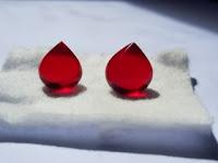 Sepasang Merah Delima Kanjeng Ratu