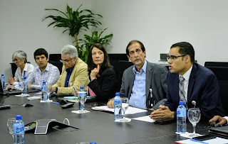 Ministro Gustavo Montalvo anuncia nuevas becas de formación a 500 jóvenes de Santiago