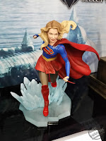 Diamond Select DC Comics Gallery PVC Statues TV Supergirl