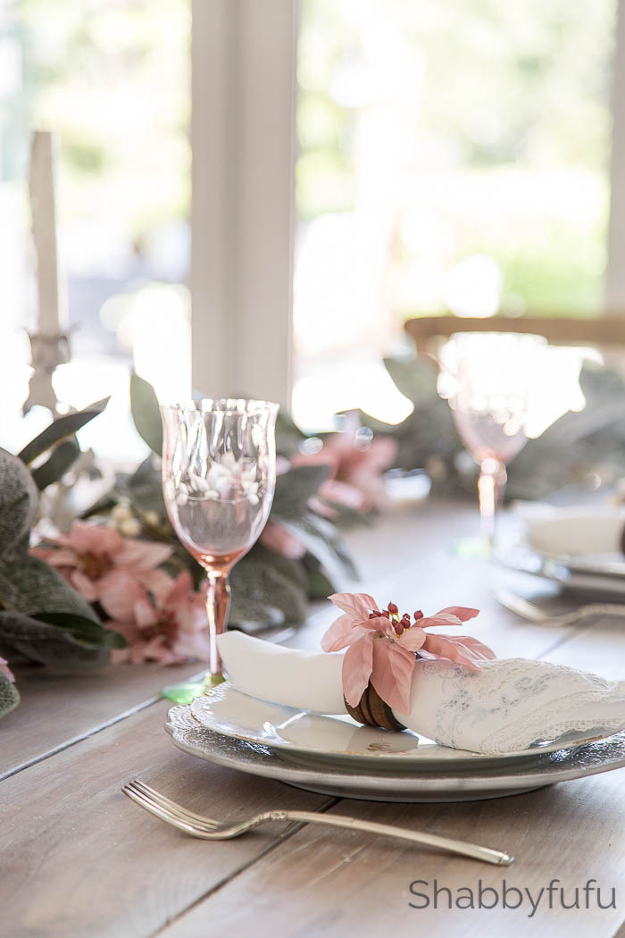 pink christmas table setting