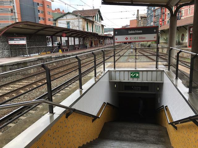 desfibrilador en estación de Renfe Barakaldo