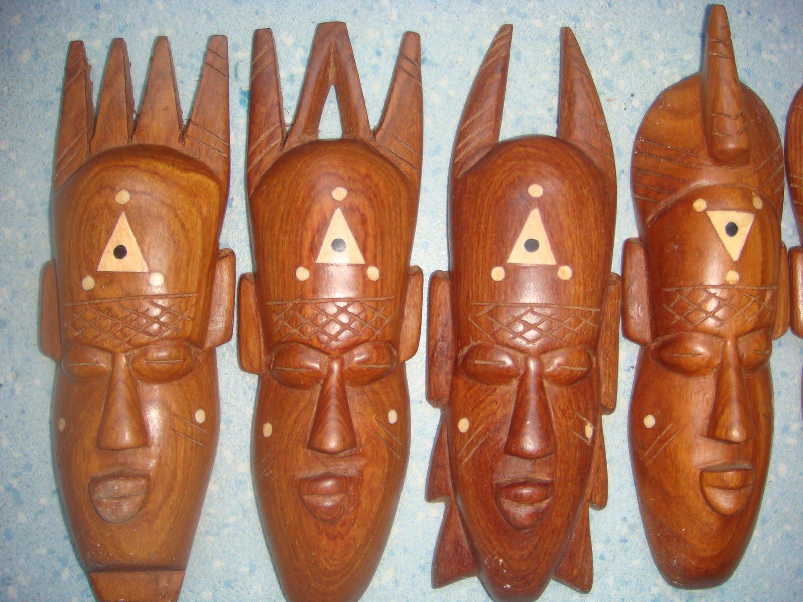 masque africain jour de la semaine