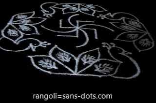 9-dots-peacocok-rangoli-Sankranti-1c.jpg
