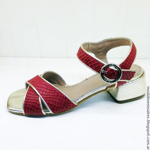 Sandalias y zapatos primavera verano 2017 Andrea Bo.
