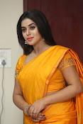 actress Poorna glamorous photos gallery-thumbnail-18