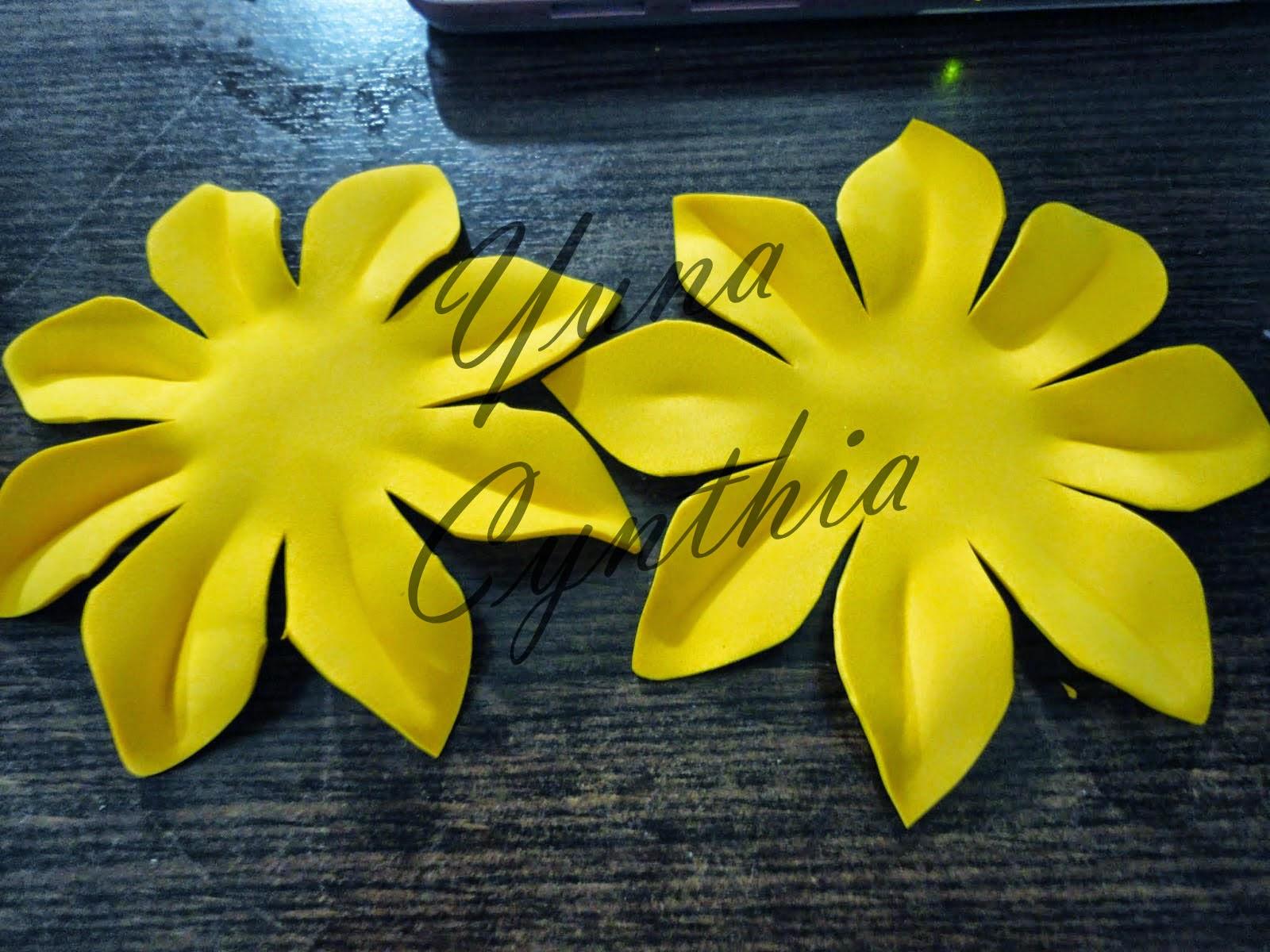 Yuna Cynthia: Tutorial: Hacer flores de goma eva/foami
