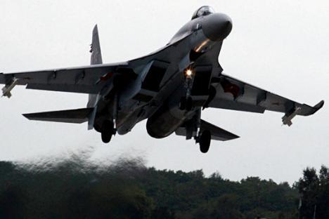 Rusia Uji Coba Pesawat Tempur SU-35S Pesanan Tiongkok di Suriah