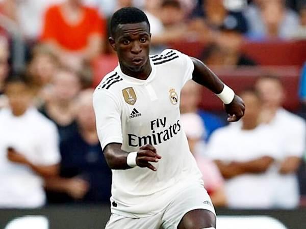 Vinicius Junior participou dos dois gols no jogo. No primeiro gol do Real Madrid na partida ele chutou, a bola pegou no jogador adversário, e entrou para o fundo das redes. Foi considerado um dos melhores em campo.