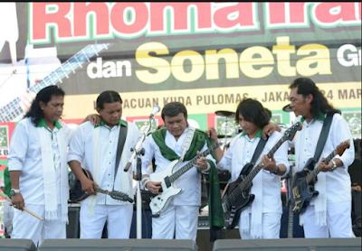 Membicarakan lagu dari Rhoma Irama niscaya tak lepas dengan grup band Soneta Download Kumpulan Lagu Mp3 Rhoma Irama Bersama Soneta Terlengkap