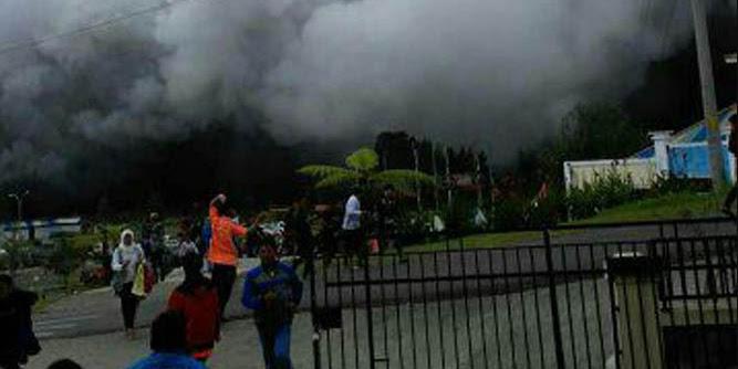 BREAKING NEWS: Kawah Gunung Dieng Meletus, 10 Wisatawan Luka