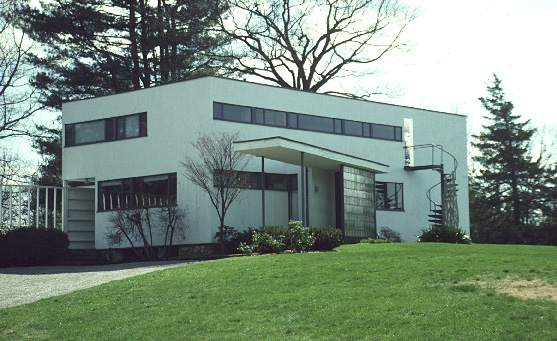 Though Not Identical The Marietta House Looks Very Much Like This One By Bauhaus Founder Walter Gropius In Lincoln Mass From Same Era