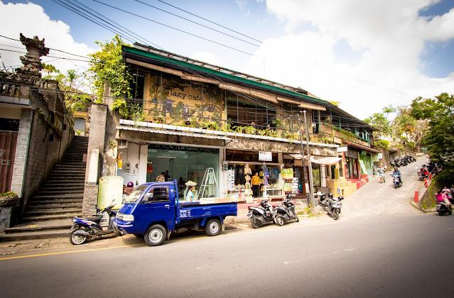 Lazy cats-Ubud centro-Bali