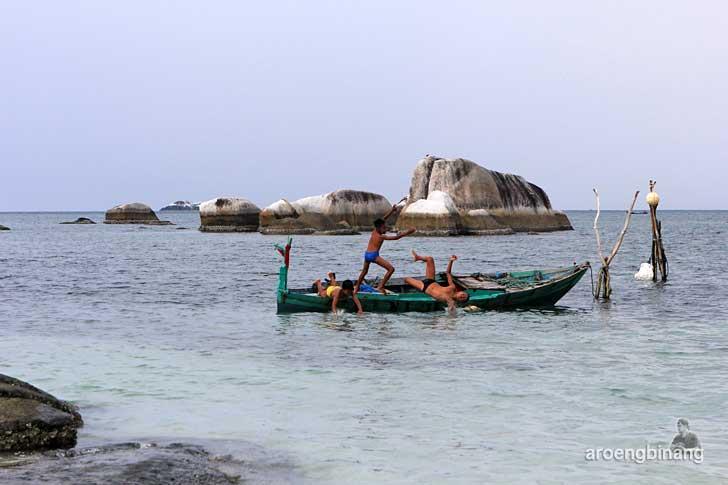 pantai tanjung kelayang belitung