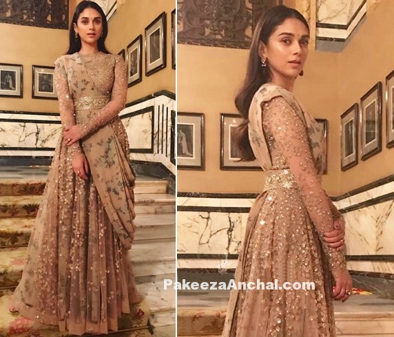 Aditi Rao Hydari in Royal Sabyasachi Outfit at Falaknuma Palace