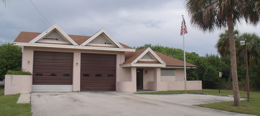 Estación de bomberos al oeste de Vero Beach