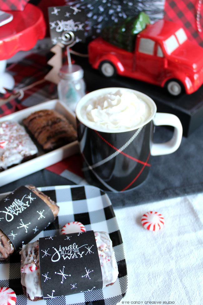 free bread wrap, jingle all the way, coffee, holiday decorating, holiday