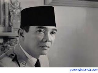 Bapak Soekarno adalah Presiden Pertama Indonesia