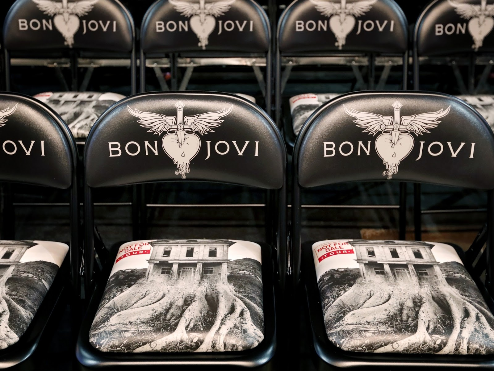 Bon Jovi Soul Food Kitchen Volunteer