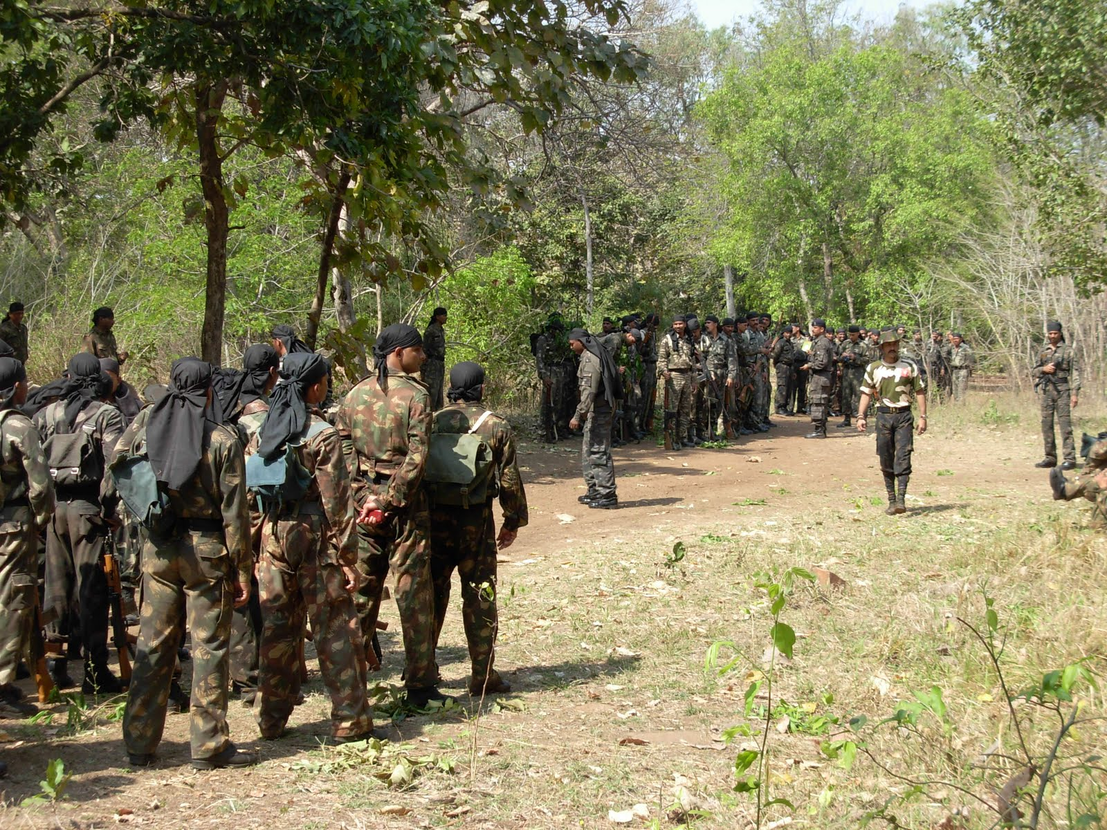 Indian Special Forces Black Cats Dressed For Action Have A Look At