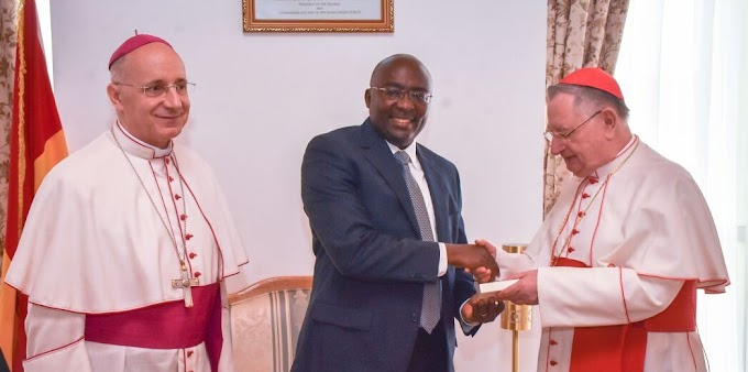 Pope Francis lauds Ghana's contribution to world peace