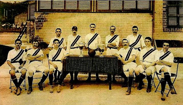 FOTOS HISTORICAS O CHULAS  DE FUTBOL - Página 2 Fluminense%2B1908