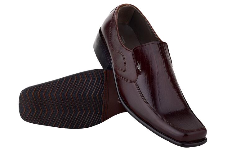 model sepatu kantor pria terbaru, sepatu pantofel pria murah terbaru, model sepatu kerja pria 2015, sepatu kantoran untuk pria cibaduyut, sepatu kerja pria cibaduyut online,gambar sepatu kerja pria maroon