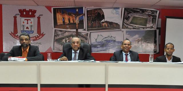 Durante sessão na Câmara Municipal de Alagoinhas, vereador anuncia pré-candidatura a deputado estadual