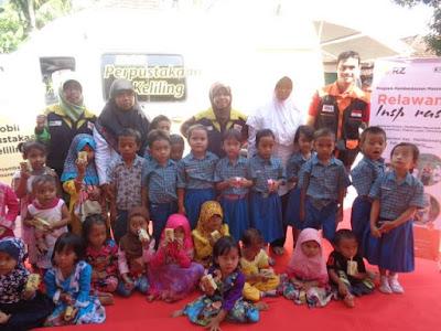 Kunjungan Moju Adira-Insy RZ di TK Kenanga, Pandeglang Banten