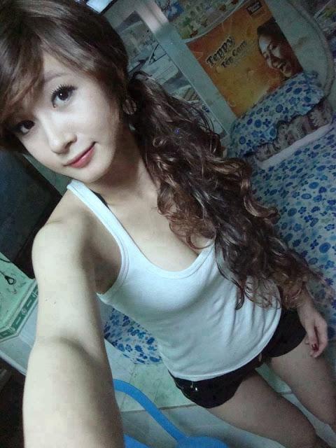 Gadis perawan sex hot
