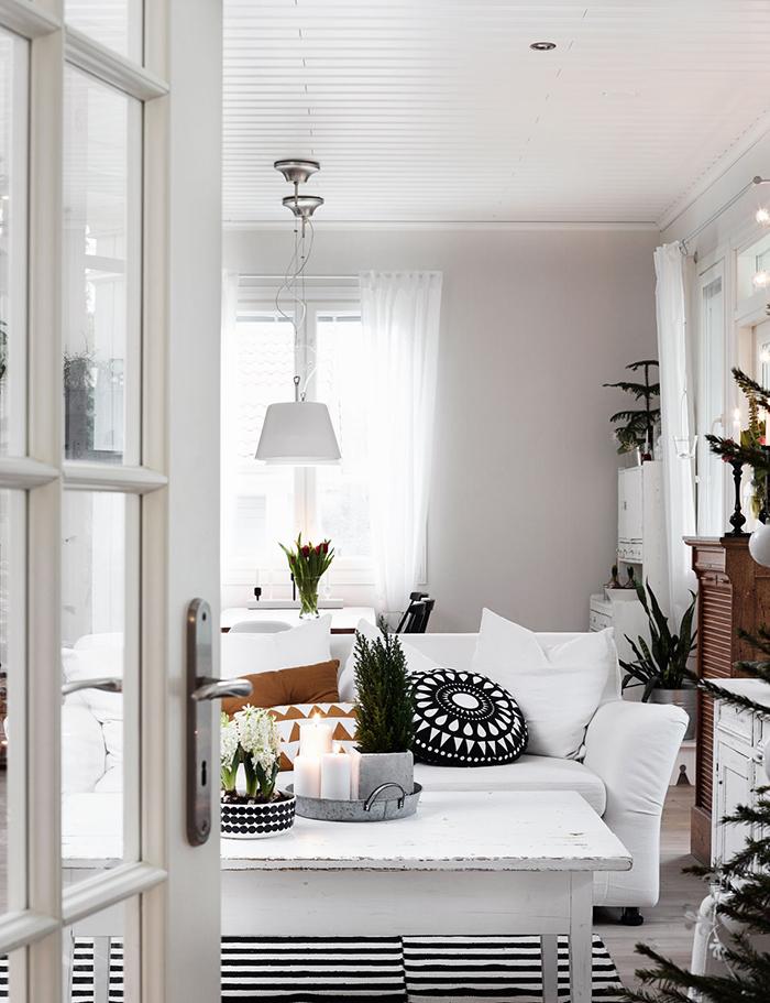 decoracion-navidad-blanco-negro-estilo-nordico