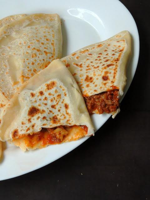 Qutab, Azerbaijan Meat flatbread