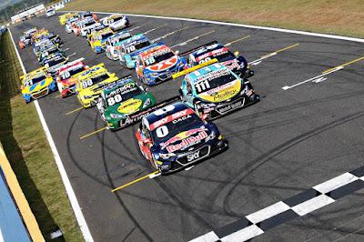 Stock Car retorna a Goiânia para a décima etapa da temporada 2016 (Duda Bairros/VICAR)