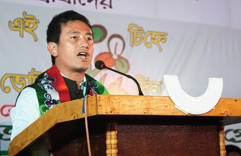 Bhaichung addresses a Trinamul workers' meeting in Siliguri on Tuesday. Picture by Kundan Yolmo