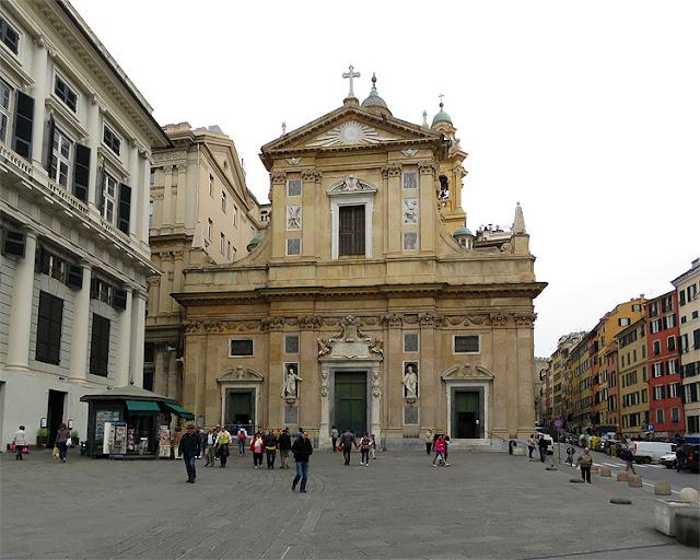 Chiesa del Gesù e dei Santi Ambrogio e Andrea, Piazza Matteotti, Genoa