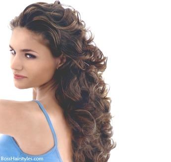 Peinados Y Cortes Para Mujer Peinados Rizados Con Capas Cabellos Rizados Con Capas