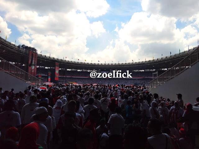 Atmosfer Konser Putih Bersatu