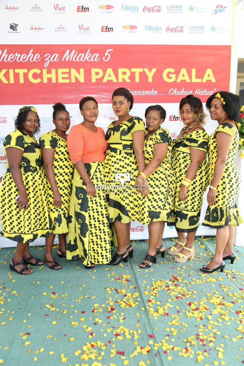 Kitchen Party From The Red Carpet Of Kitchen Party Gala 5th Anniversary Mp Blog