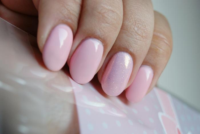 SEMILAC 047 Pink Peach Milk - pastelowy róż ślubne paznokcie hybrydy
